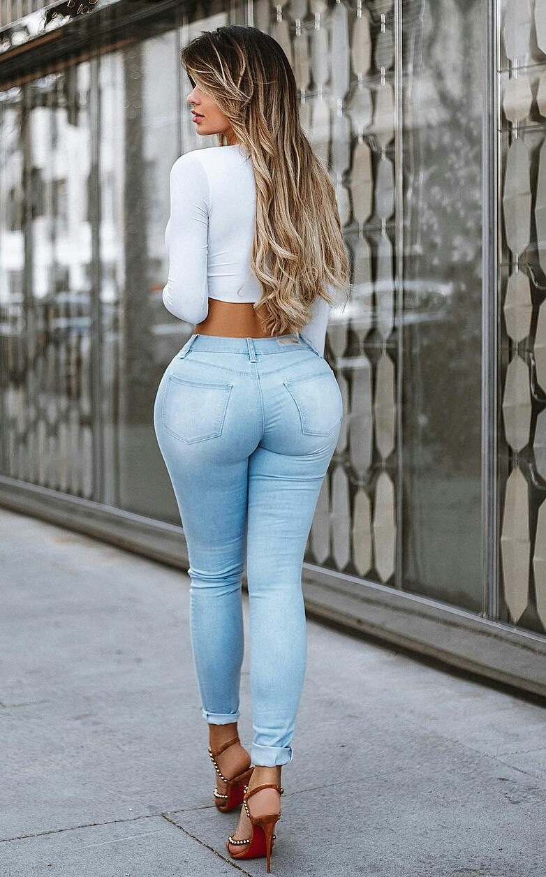 Girls in sexy jeans, illustrated missionary position