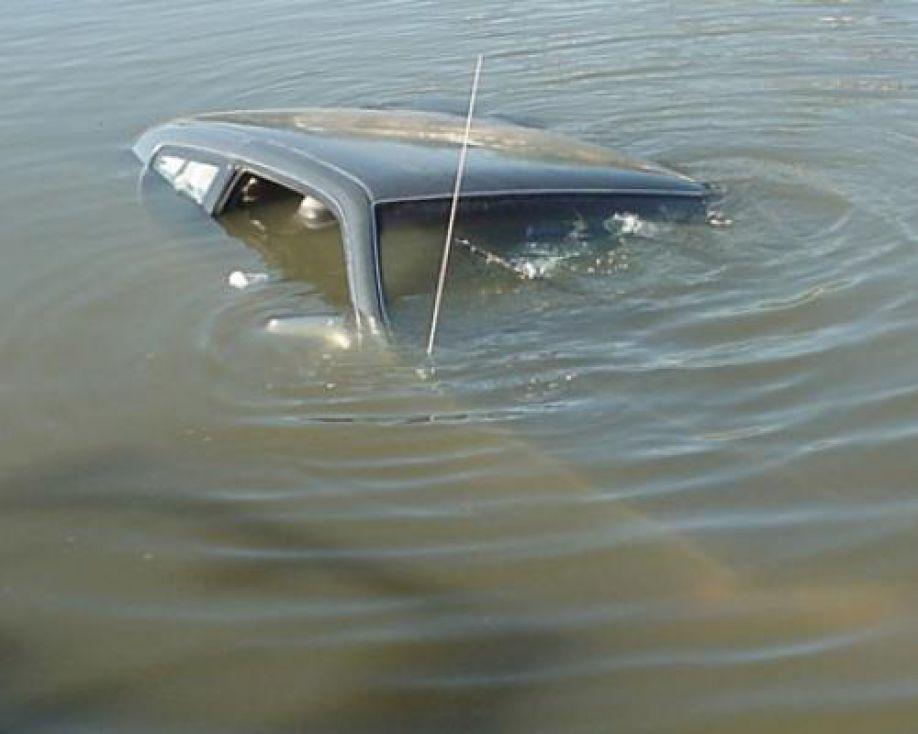 Три человека утонули в смоленской области за два выходных дня